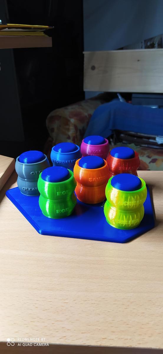 collari per bottigle e porta collari in vari colori PLA Amazonbasic
