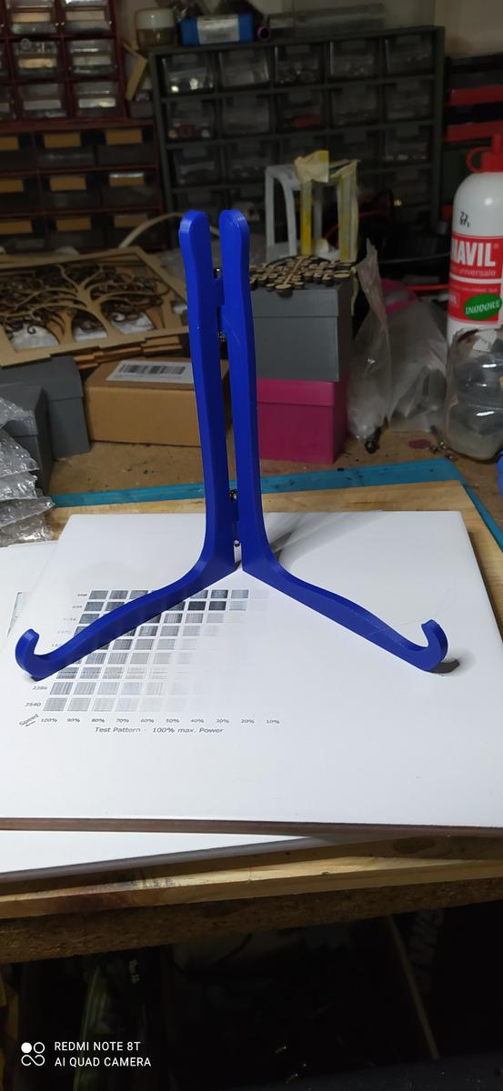 stand per piastrella 20x20 in PLA blu dark Amazonbasic